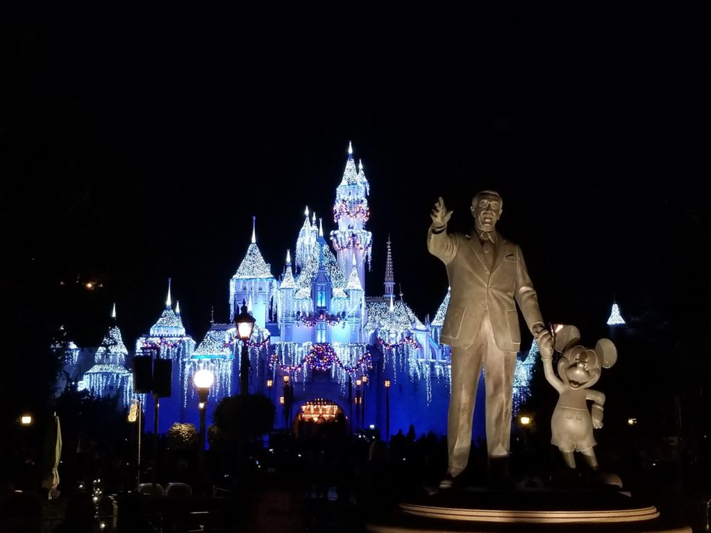 Disneyland partners statue and Sleeping Beauty castle